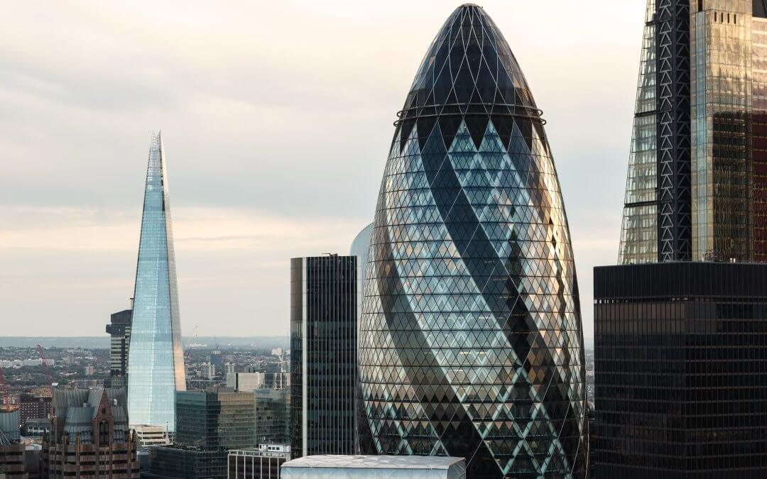 Cyviz London Seminar: Why leading digital organisations use meeting rooms insights to improve productivity and enhance collaboration.